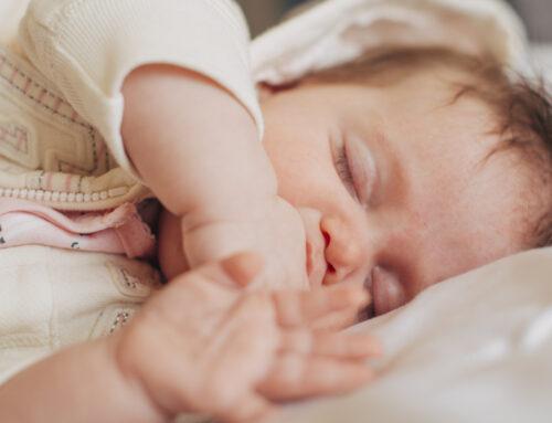 Quante ore dormono i bambini e i ragazzi in base all'età